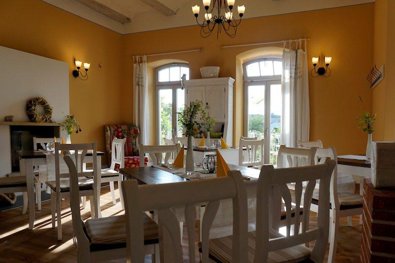 Brandenburg-Landhaus-Ribbeck-Cafe-Monet-Restaurant-2