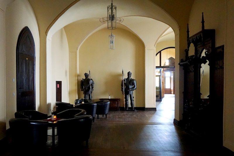 Brandenburg-Schlosshotel-Fürstlich-Drehna-Flur