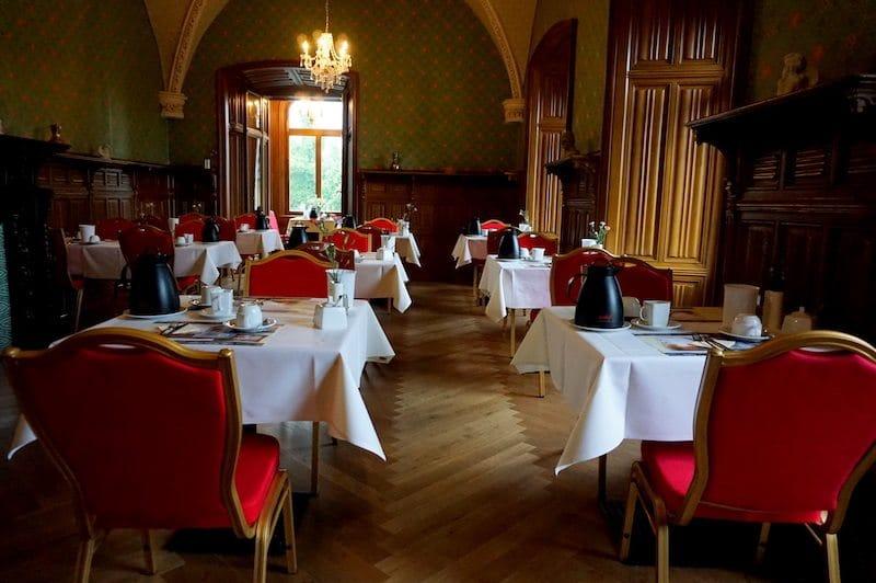 Brandenburg-Schlosshotel-Fürstlich-Drehna-Frühstücksraum