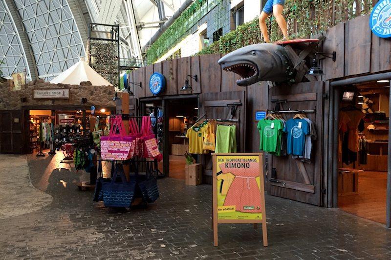 Brandenburg-Tropical-Islands-Mobile-Halle-Shops