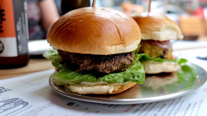 berlin-grindhouse-burgers-classic-burger-1