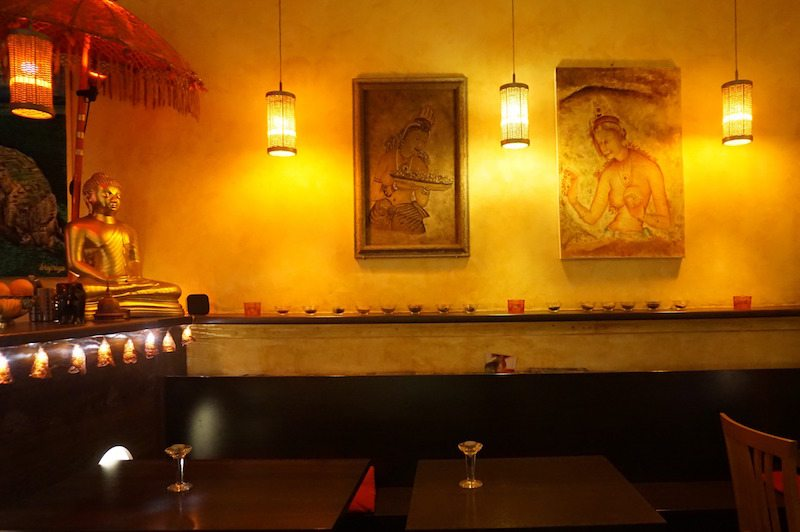 Berlin-Sigiriya-Restaurant-Sri-Lanka-Indisch-Inneneinrichtung