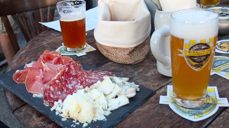 berlin-birra-italian-craft-beer-bar-bier-essen
