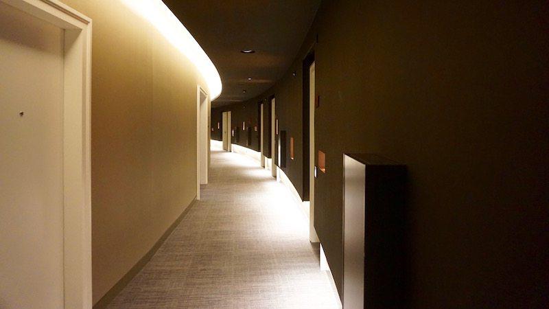 berlin-hotel-das-stue-einrichtung-flur-2