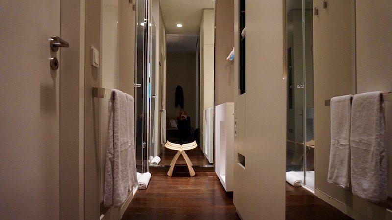 berlin-hotel-das-stue-hotelzimmer-badezimmer