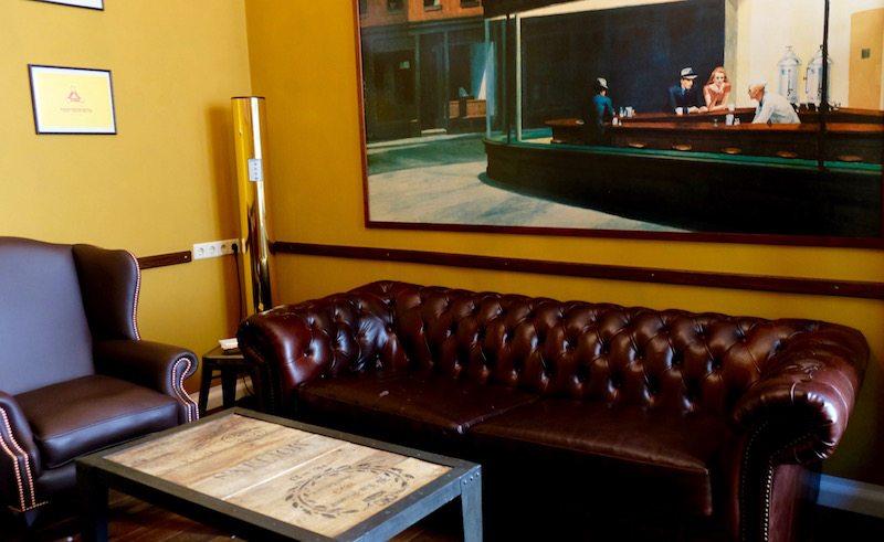 berlin-hotel-the-dude-einrichtung-zigarrenraum-2