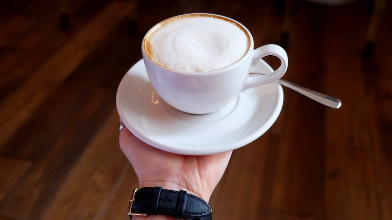 berlin-hotel-the-dude-fruehstueck-soja-cappuccino