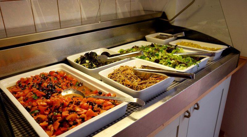berlin-restaurant-amaranth-vegan-brunch-salate