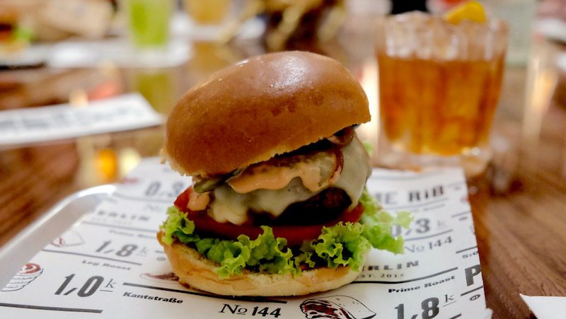 berlin-restaurants-the-butcher-burger-the-butcher-with-cheese