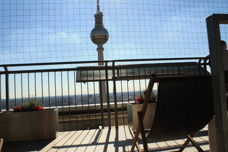 berlin_parkinn_stuhl-800x533