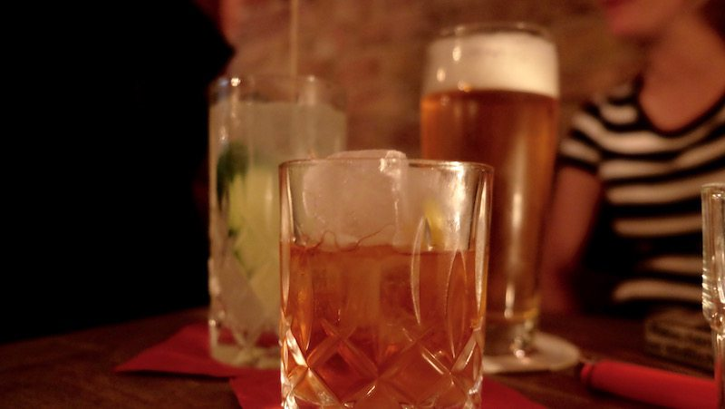 berlin-bar-weserkrug-drinks-old-fashioned