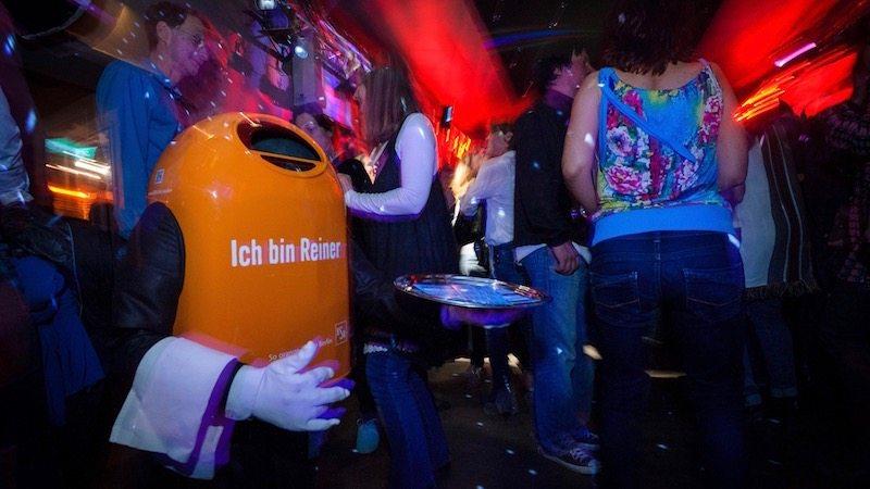 berlin-bsr-papierkorb-reiner-1