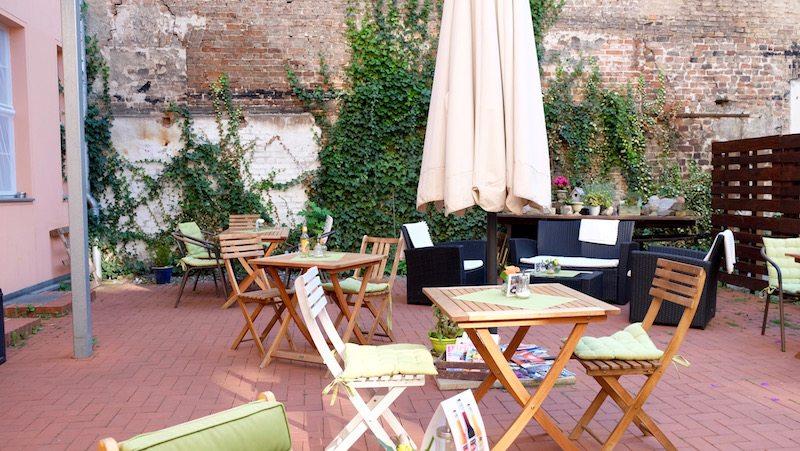 Wohnzimmer Bar Berlin Lettestrasse 6 Foto Zu Karlsruhe