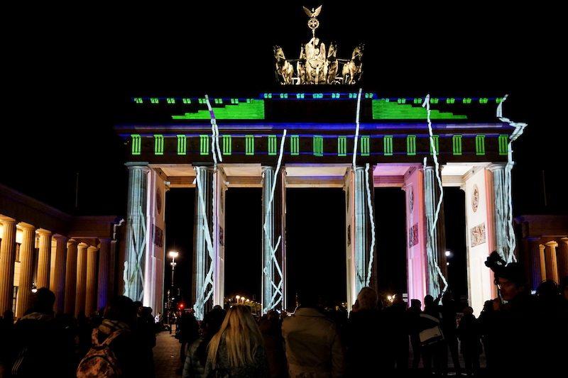 berlin-festival-of-lights-2016-brandenburger-tor-3