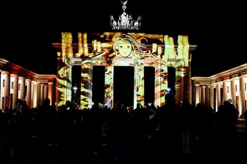 berlin-festival-of-lights-brandenburger-tor-2016-11
