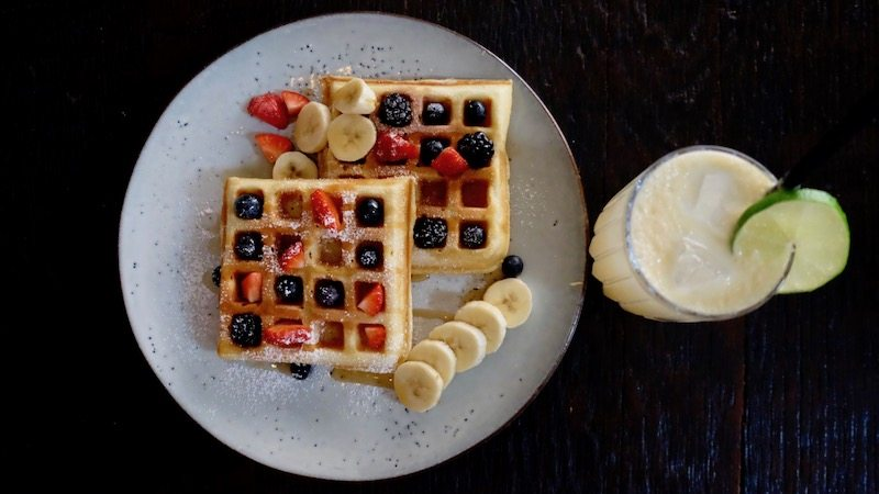 berlin-cafe-muse-brunch-waffeln