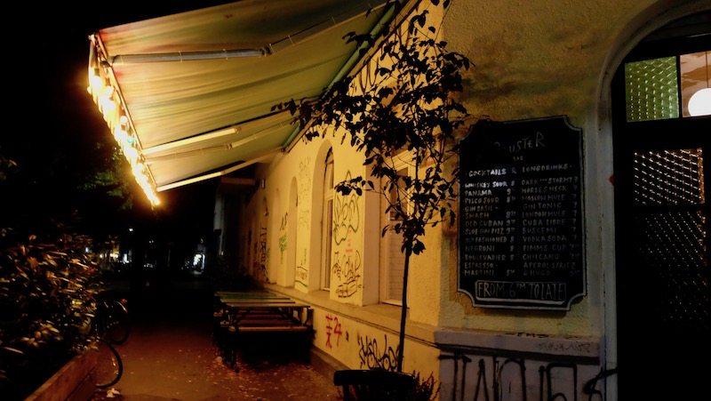 berlin-restaurant-beuster-bar-aussenbereich-2