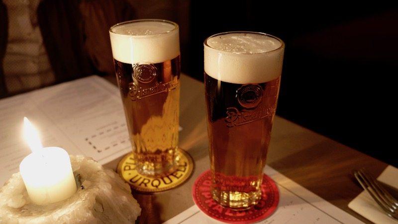 berlin-restaurant-beuster-bar-pilsner-urquell