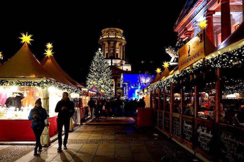 berlin-gendarmenmarkt-weinachtsmarkt-weihnachtszauber-2016-3