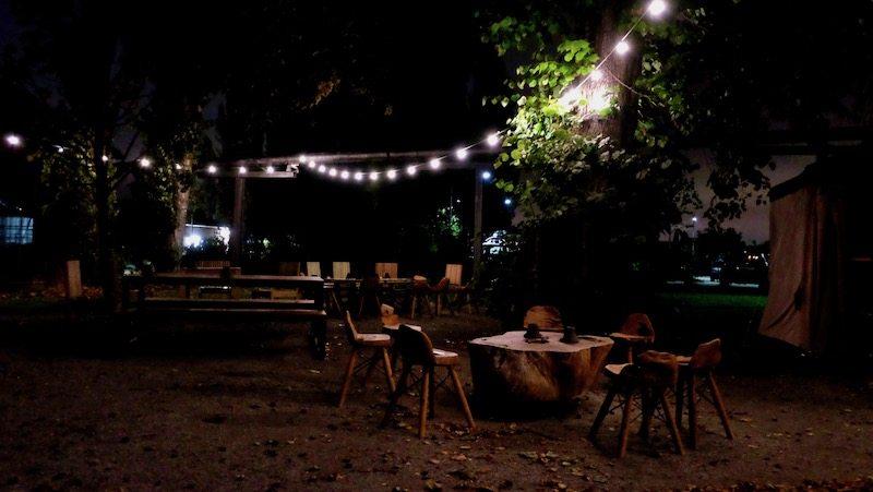 berlin-restaurants-stone-brewing-world-bistro-garden-10