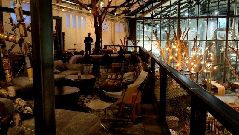berlin-restaurants-stone-brewing-world-bistro-garden-7