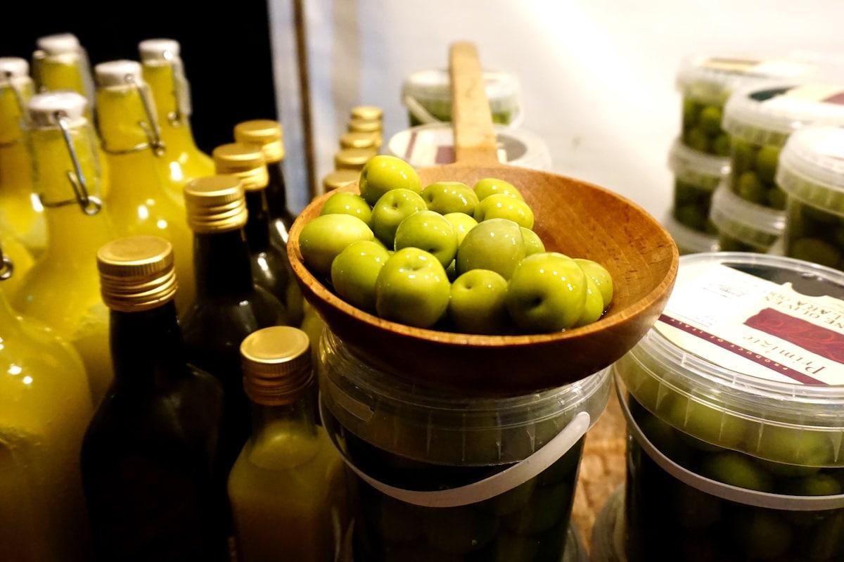 berlin-weihnachtsmarkt-spaethsche-baumschulen-oliven