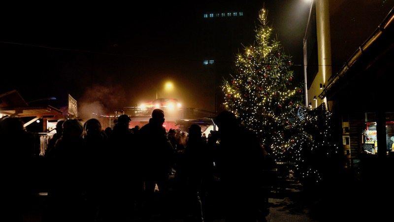 berlin-weihnachtsmarkt-winterdorf-arena-2016-3