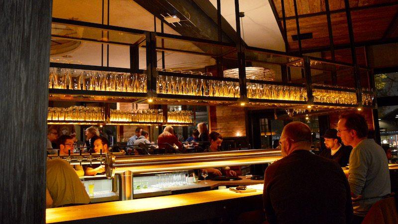 berlin-restaurant-dolden-maedel-braugasthof-ambiente-1