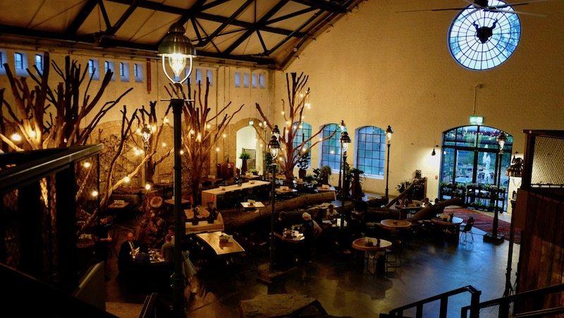 berlin-restaurants-stone-brewing-world-bistro-garden-2