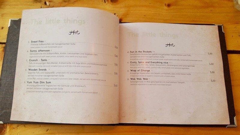 Kinza Restaurant Speisekarte und Preise für die warmen Tapas.