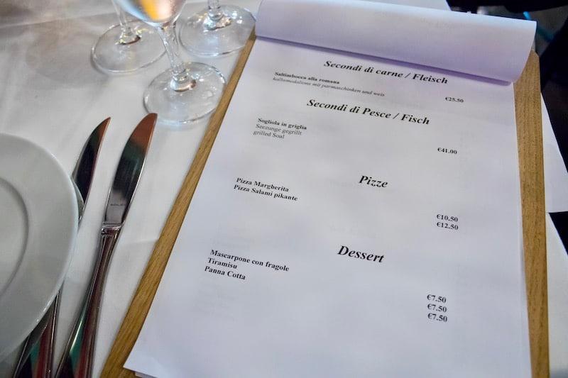Fisch- & Fleischgerichte, Pizza und Dessert inklusive Preis aus der Speisekarte des Centolire