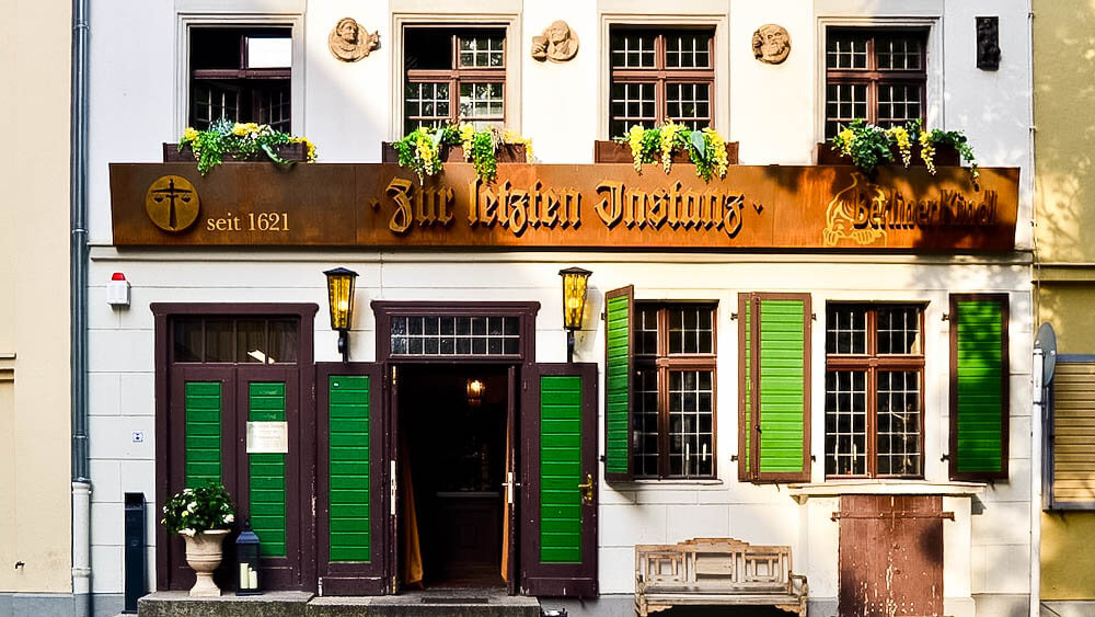 zur letzten instanz das lteste restaurant in berlin berlin ick liebe dir. Black Bedroom Furniture Sets. Home Design Ideas