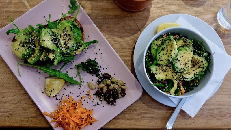 Veganes Essen im Two Planets Neukölln