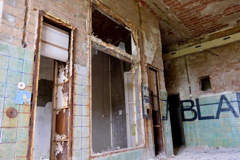Lost Places: Rötngenraum im Chirurgie-Krankenhaus in Beelitz Heilstätten