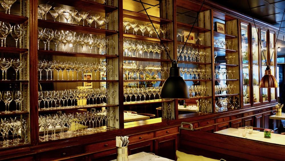 Atmosphäre in der Brasserie Colette von Tim Raue