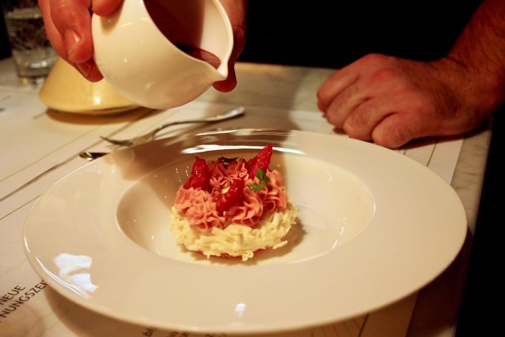 Dessert in der Brasserie Colette von Tim Raue