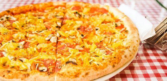 pizzeria in berlin hier findet ihr die besten pizzen der hauptstadt. Black Bedroom Furniture Sets. Home Design Ideas